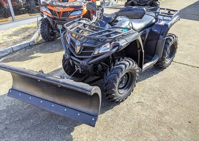 ATV Quad Modell CFMOTO CForce 450 One EFI 4×4 27 PS 400 ccm LOF Schneeschild (2)