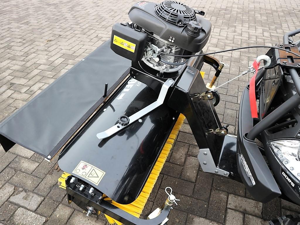 Anbaukehrmaschine für  ATV / Quad mit Honda – Motor
