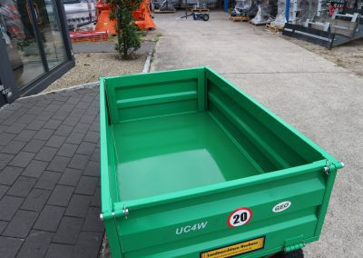 Anhänger Fabrikat GEO Modell UC für Kleintraktoren ATV Quad etc (6)