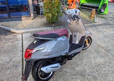 Roller Mofa Motorroller Kymco Like II (3)