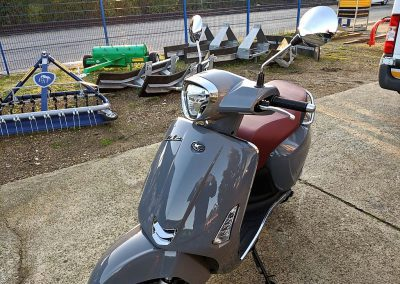 Roller Mofa Motorroller Kymco Like II (7)