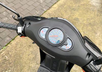 Roller Mofa Scooter Kymco Agility 50 E4 (4)