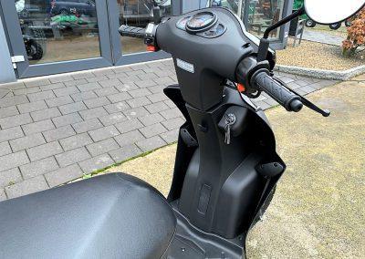 Roller Mofa Scooter Kymco Agility 50 E4 (5)
