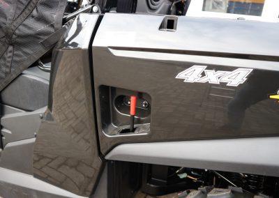 UTV-Kymco-UXV-450i-4×4-Turf-31-PS-443-ccm-Dach-Scheibe-LOF-Zulassung-3.jpg
