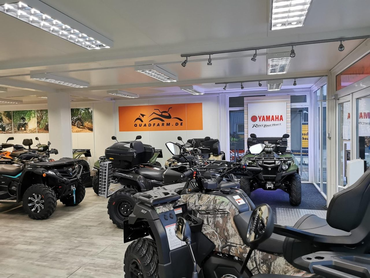 QUADFARM Showroom (10)