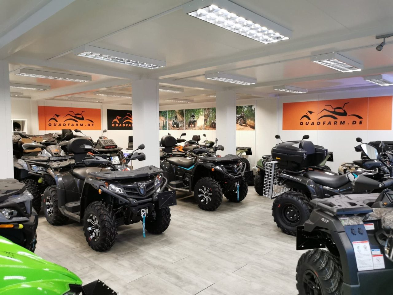 QUADFARM Showroom (9)