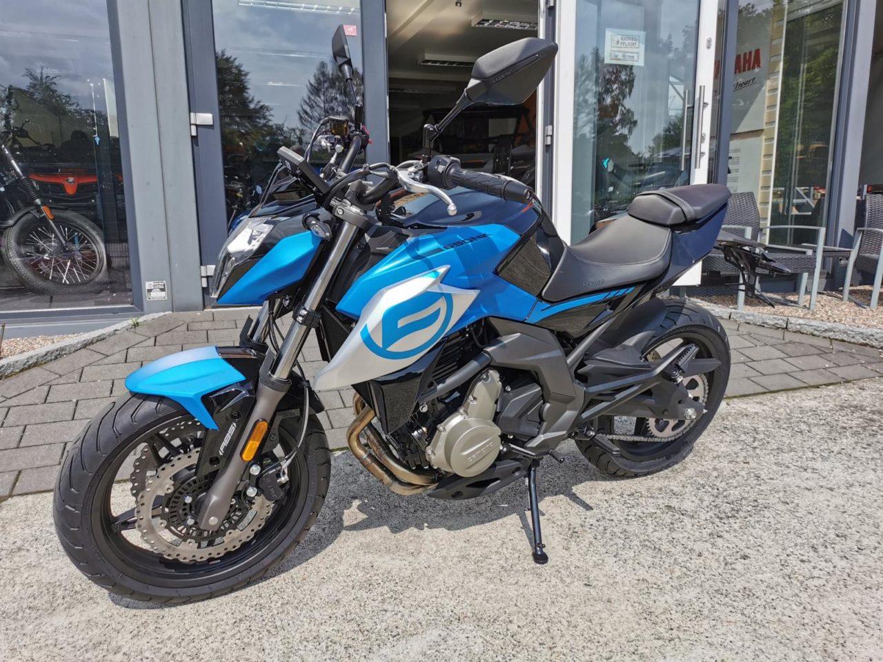 Motorrad, Naked Bike CF Moto 650 NK, ABS, Euro 5 Modell 2021